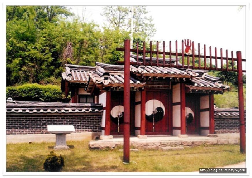 성사영묘(聖師影廟) 축문과 전경