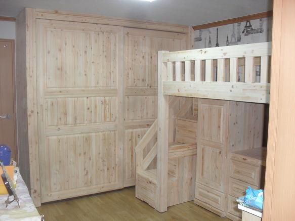 일본산히노끼원목으로 제작해드린 편백나무가구입니다..... 공간 ...