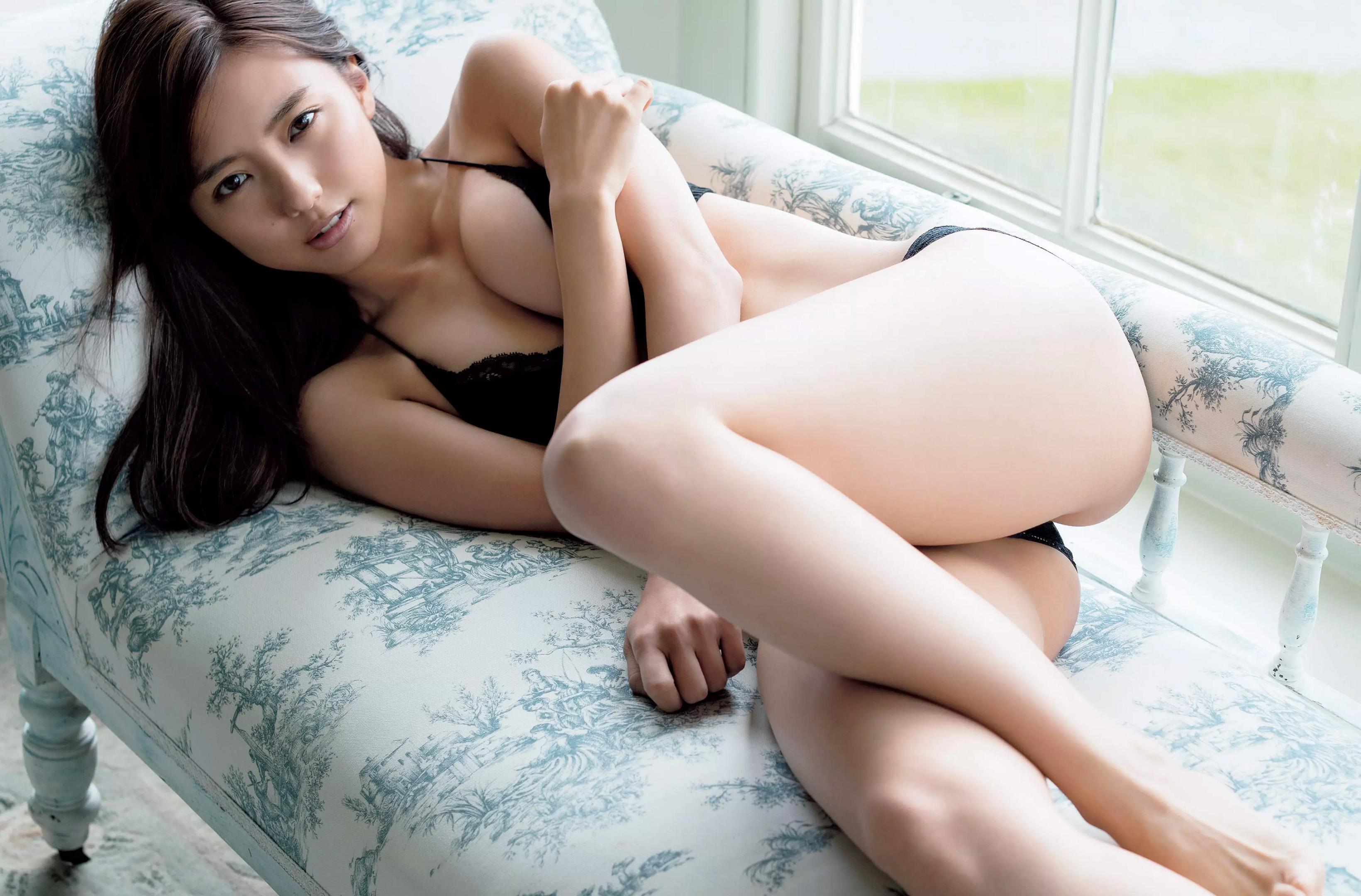 gorgeous Japanese girl