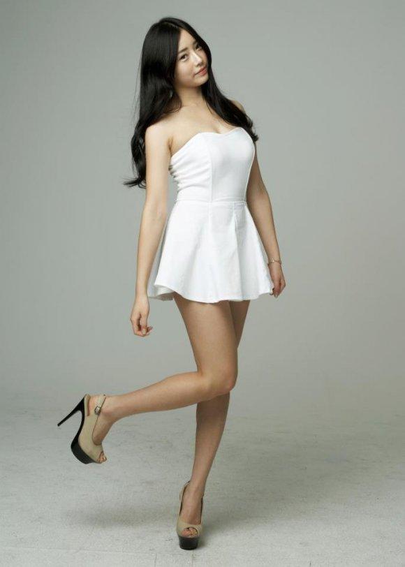hot Korean actress Cheon Eh Seul