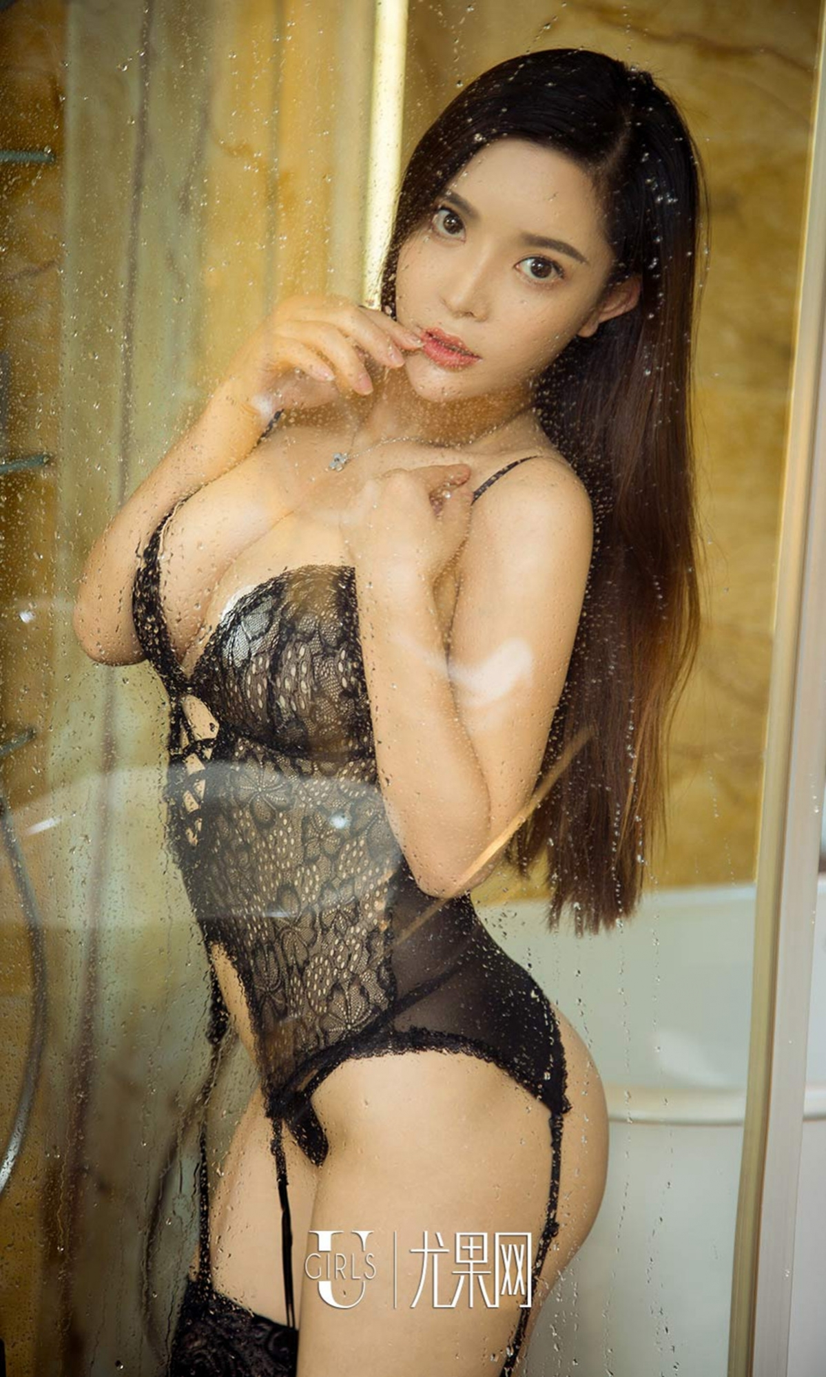 hot lingerie Chinese glamour 張之齡